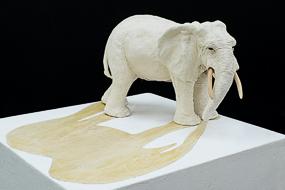 Shadow - terre cuite, bois - Sculpture Anne Moreau-Vagnon
